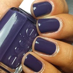 Winter Nail Colors For Your Bridesmaids love this purple nail color from essie! love this purple nail color from essie! Love Nails, How To Do Nails, Pretty Nails, Fun Nails, Subtle Nails, Nagel Hacks, Manicure Y Pedicure, Pedicures, Fall Manicure