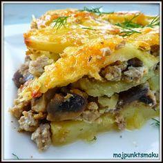 Zapiekanka ziemniaczana z mięsem mielonym to jedno z moich ulubionych dań. Często dodaję do niej różne warzywa, ale dziś wersja z pieczarkam... Lasagna, Casserole, Recipies, Food And Drink, Ethnic Recipes, A3, Dinners, Dots, Recipes