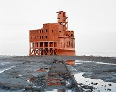 A century fortification situated just off shore east of Grain. I made the picture just before the sun vanished. At the time, the building was for sale on zoopla. Bit of a renovation job! Grain Tower from 'Bastard Countryside' Maquette Architecture, Pavilion Architecture, Sustainable Architecture, Residential Architecture, Contemporary Architecture, Landscape Architecture, Unusual Homes, Fortification, Land Art