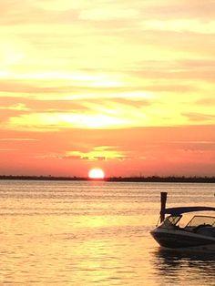 Atardecer en la laguna nichupte en Cancun desde el Sunset Marina // #SunsetBP
