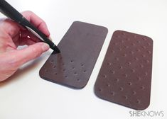 Make an ice cream sandwich postcard – SheKnows Ice Cream Art, Diy Ice Cream, Play Grocery Store, Fake Cupcakes, Employee Appreciation Gifts, Fun Mail, Candy Christmas Decorations, Felt Food, Diy Clay