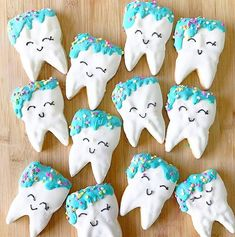 More tooth cookies !  these look great! Ive gotta try and make some tooth shaped food soon  #teeth #dental #dentistry #dentist #whitening #invisalign #smile #makeovers #cosmetic #whitening #bridge #esthetic #healthy #quickfix #dentistry #anatomy #dentist #tooth #dentista #dentalstudent #hygiene #dentalschool #instateeth #odonto #instabaking #medicine #cookies #foodinspiration