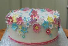 Still looking for ideas for my girl's first birthday cake