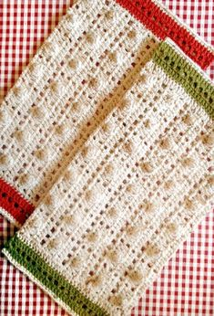 [Free Pattern] These Crochet Kitchen Towels Are Gorgeous!