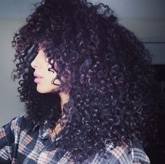 {Grow Lust Worthy Hair FASTER Naturally} ========================== Go To: www.HairTriggerr.com ========================== Oh Gosh I Want Her Big Naturally Curly Hair!!!! LOVE!!!