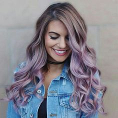 Ombré hair is such a fun trend for all seasons. There are so many options when it comes to Ombré Hair. Relaxed or styled it still looks great! Faded Purple Hair, Hair Color Purple, Purple Ombre, Teal Orange, Pink Yellow, Blue Green, Pastel Purple Hair, Violet Hair, Burgundy Hair