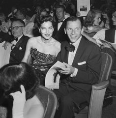 Frank Sinatra & Ava Gardner at the 1951 premiere of Show Boat, New York