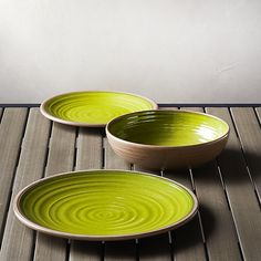 This sturdy, informal dinnerware fools the eye with the appearance of glazed ceramic. Subtly ribbed as if formed on the potter's wheel and rimmed with the natural color of clay, this dinnerware has a faux glazed green interior. Ideal for outdoor entertaining but elegant enough for indoor use, individual pieces coordinate and layer together with our Caprice medallion serving ware.<br /><br /><NEWTAG/><ul><li>Melamine</li><li>BPA-free</li><li>Top-rack dishwasher-safe</li><li>Made in…