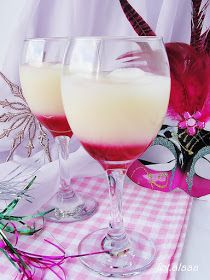 Ala piecze i gotuje: Drink bananowe love Bar Drinks, Beverages, My Favorite Food, Favorite Recipes, Irish Cream, Keto Diet For Beginners, Mojito, Mixed Drinks, Glass Of Milk