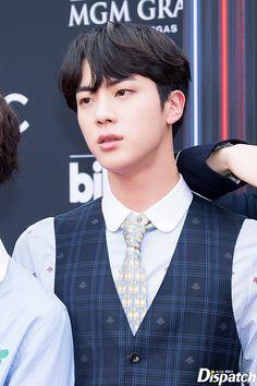 #JIN // 180520 Billboard Music Awards Red Carpet