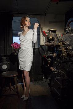 Wundervolles Brautkleid, ideal für´s Standesamt - von Michèle Weiten
