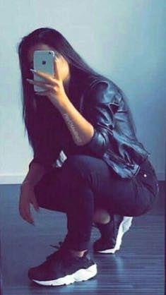 Cute Girl Poses, Cute Girl Photo, Girl Photo Poses, Portrait Photography Poses, Photography Poses Women, Stylish Girls Photos, Stylish Girl Pic, Foto Snap, Stylish Photo Pose