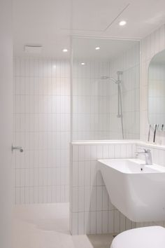 Small Bathroom Interior, Baths Interior, Modern Bathroom, Bathroom Plans, Bathroom Renovations, Upstairs Bathrooms, Dream Bathrooms, Bathroom Design Inspiration, Toilet Design
