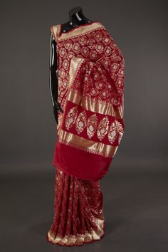 Banarsi- Heritage - silk saree with blouse