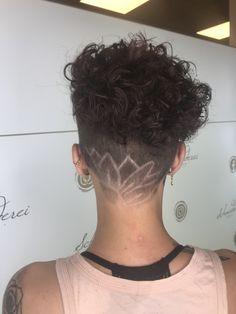 Dauerwelle Haircuts, Ear, Tattoos, Shaving Machine, Wavy Perm, Barber Salon, Hair Stylists, Dressmaking, Shaving