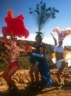 "chocolate-n-vanilla-swirl-irl: ""Hugo Weaving, Guy Pearce, & Terence Stamp. ""The Adventures of Priscilla, Queen of the Desert. Drag Queens, Priscilla Queen, Guy Pearce, Hugo Weaving, Theater, Movie Night Party, Club Kids, Great Films, Cultura Pop"