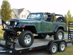 1972 Jeepster Commando - Photo submitted by William Gentry. Commando 2, Jeepster Commando, Jeep Cars, Jeep Truck, Suv Trucks, Lifted Trucks, Vintage Jeep, Vintage Cars, Jeep Scrambler