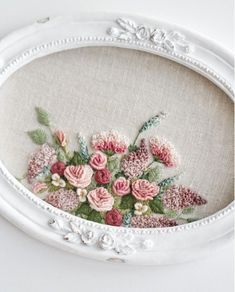Wonderful Ribbon Embroidery Flowers by Hand Ideas. Enchanting Ribbon Embroidery Flowers by Hand Ideas. Brazilian Embroidery Stitches, Types Of Embroidery, Rose Embroidery, Learn Embroidery, Silk Ribbon Embroidery, Cross Stitch Embroidery, Embroidery Patterns, Hardanger Embroidery, Needlework