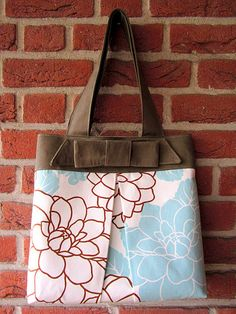 Cute bag! thought of my mom when I saw this!!
