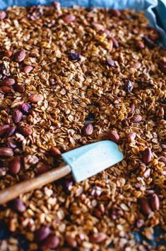 If you walk down the cereal aisle at your local grocery store I am sure you will see a variety of brands offering granola in fancy packaging and I am sure you Dried Apricots, Dried Cranberries, Gluten Free Oats, Spice Blends, Granola, Pumpkin Spice, How To Dry Basil, Healthy Snacks, Muesli