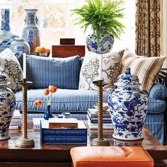 1000 images about decorating with chinese blue white. Black Bedroom Furniture Sets. Home Design Ideas