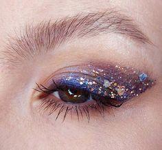 #EyeMakeupGlitter Makeup Inspo, Makeup Art, Makeup Inspiration, Beauty Makeup, Makeup Ideas, Makeup Monolid, Makeup Meme, Cat Makeup, Skull Makeup