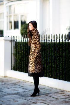Valentino leo. Peony in London. #PeonyLim Winter Wear, Autumn Winter Fashion, Peony Lim, Style Me, Cool Style, Work Fashion, Street Fashion, Fashion Beauty, Winter Looks