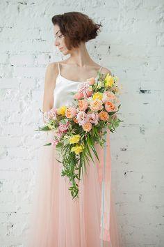 Peach and Pastel Pink Tropical Bouquet    #wedding #weddingideas #floraldesign #flowers #floralart #bridalseparates #weddingdress #bouquet