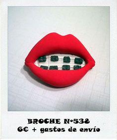 Broches labios con brackets