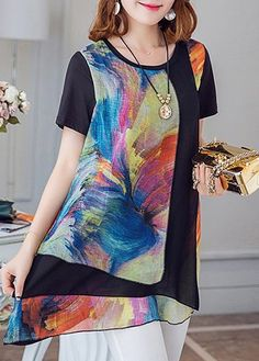 Short Sleeve Round Neck Printed Asymmetric Hem Blouse on sale only US$27.32 now, buy cheap Short Sleeve Round Neck Printed Asymmetric Hem Blouse at liligal.com