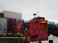 Satu Ylävaaran valokuvia: Naisrauha on julistettu! Girlpower and peace