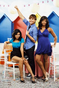 Cast of High School Musical Troy Bolton, Wildcats High School Musical, High School Musical Cast, Ashley Tisdale, Estilo Vanessa Hudgens, Monique Coleman, Zac Efron Movies, Hig School, Zac Efron And Vanessa