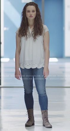 Hannah's white eyelet top and lace-up boots on 13 Reasons Why Abaya Fashion, Indie Fashion, Love Fashion, Star Fashion, Tv Show Outfits, New Outfits, Fashion Outfits, Hannah Baker Thirteen Reasons Why, Fashion Terminology