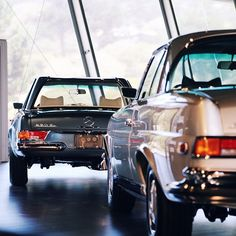 The continuity in lines between the 280 SE and the 280 SL Pagoda really send the point home that these cars are meant to look beautiful alone and like siblings together. Whether from the same generation or decades apart, the Mercedes-Benz coupes are equally emotional.