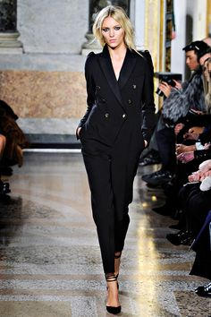Emilio Pucci Fall 2011 RTW - Runway Photos - Vogue