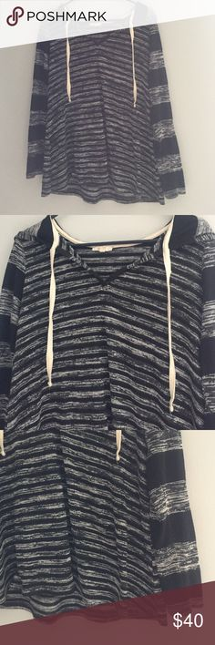 Long sleeve tunic Stripped long sleeve tunic with a hood. Super cozy and just in time for fall! mystree Tops Sweatshirts & Hoodies