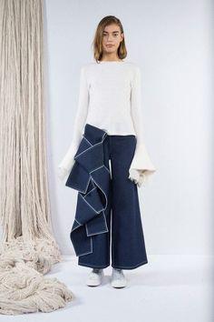 Claudia Li at New York Fashion Week Fall 2016 - Livingly #denimstyle #bobs