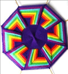 11 God's Eye Craft, Mandela Art, Dream Catcher Art, Gods Eye, Rainbow Crafts, Thread Art, Crochet Mandala, Boho Diy, Mexican Art