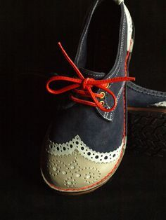 Ruth Emily Davey - NEWS - Latest brogues..