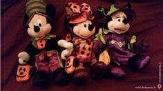 [SPECIAL HALLOWEEN] Même les amis des petits (et des grands !) s'habillent pour l'occasion !  http://www.mondebarras.fr/annonce/1024271/collections-art-paris-mickey-et-minnie-halloween-kivekoi75