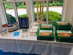 We had so much fun at our Renewal Pizza Party! Thanks for sticking with us and we're so glad that you'll be continuing to reside at Brookhaven. Pizza Party, Luxury Apartments, Table Decorations, Park, Fun, Pizza Bar Party, Parks, Dinner Table Decorations, Center Pieces