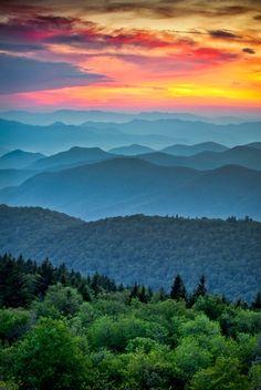 Blue Ridge Parkway, Blue Ridge Mountains, Great Smoky Mountains, Rocky Mountains, Colorado Mountains, Appalachian Trail, Appalachian Mountains, North Carolina, Carolina Blue