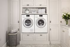 Often included in a kitchen redesign, utility rooms are another key space to consider the use of storage – from built-in cupboards to attractive and p… – Mudroom Mudroom Laundry Room, Laundry Room Remodel, Laundry Room Design, Eye Level Ovens, Washing Machine And Dryer, Washing Machines, Mad About The House, Washer Machine, Tumble Dryers