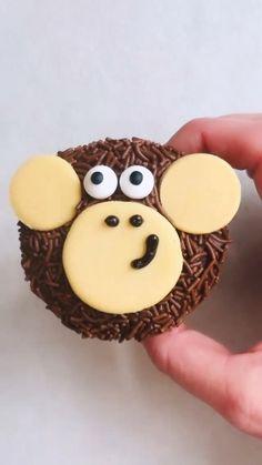 Cake Decorating Designs, Cake Decorating Techniques, Cake Designs, Cookie Decorating, Decorating Ideas, Jungle Cupcakes, Baby Shower Cupcakes, Wedding Cupcakes, Birthday Cupcakes