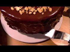 Como cubrir una Tarta con Cobertura de Chocolate - Tarta de Chocolate y Avellanas - Paso 5