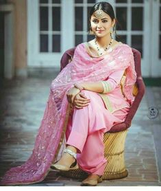 Traditional Punjabi look Indian Suits, Indian Attire, Indian Dresses, Indian Wear, Indian Clothes, Punjabi Salwar Suits, Punjabi Dress, Anarkali Suits, Patiala Suit