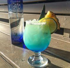 Recipe for Blue Island Margarita! Perfect for National Margarita Day! Coconut Margarita, Blue Curaçao, tequila @tipsybartender #eatdrinkbecozy #acozyhome