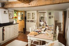 Beautiful English Cottage kitchen - Inside the 'Faerie Door' in Wiltshire, England