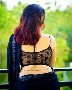Saree tips to look hot and sexy! Check out the best 10 tips to add hotness to your saree look. Beautiful Saree, Beautiful Indian Actress, Beautiful Women, Beautiful Blouses, Saree Backless, Saree Navel, Blouse Designs Silk, Back Neck Designs, Black Saree
