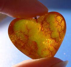 vintage Jewelry Honey Cognac Baltic Amber antique gemstone big heart pendant charm amulet 6g